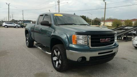 2011 GMC Sierra 1500 for sale at Kelly & Kelly Supermarket of Cars in Fayetteville NC