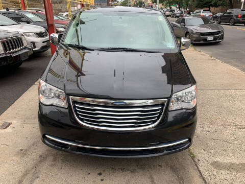 2015 Chrysler Town and Country for sale at Raceway Motors Inc in Brooklyn NY