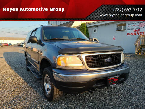 2000 Ford Expedition for sale at Reyes Automotive Group in Lakewood NJ