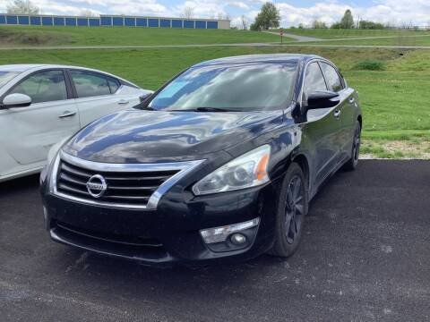 2015 Nissan Altima for sale at Auto Martt, LLC in Harrodsburg KY
