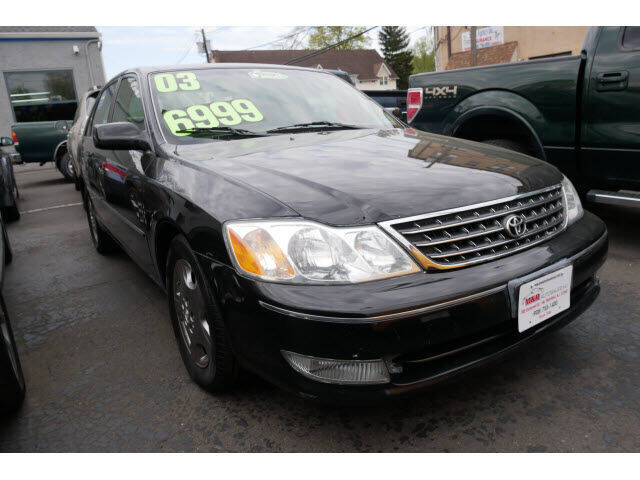 2003 Toyota Avalon for sale at M & R Auto Sales INC. in North Plainfield NJ