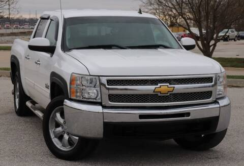 2011 Chevrolet Silverado 1500 for sale at Big O Auto LLC in Omaha NE