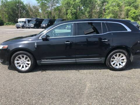 2016 Lincoln MKT Town Car for sale at Cool Breeze Auto in Breinigsville PA