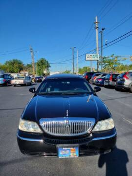 2010 Lincoln Town Car for sale at MR Auto Sales Inc. in Eastlake OH