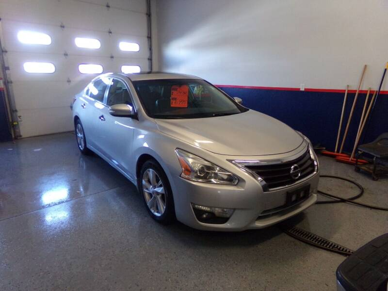 2013 Nissan Altima for sale at Pool Auto Sales Inc in Spencerport NY