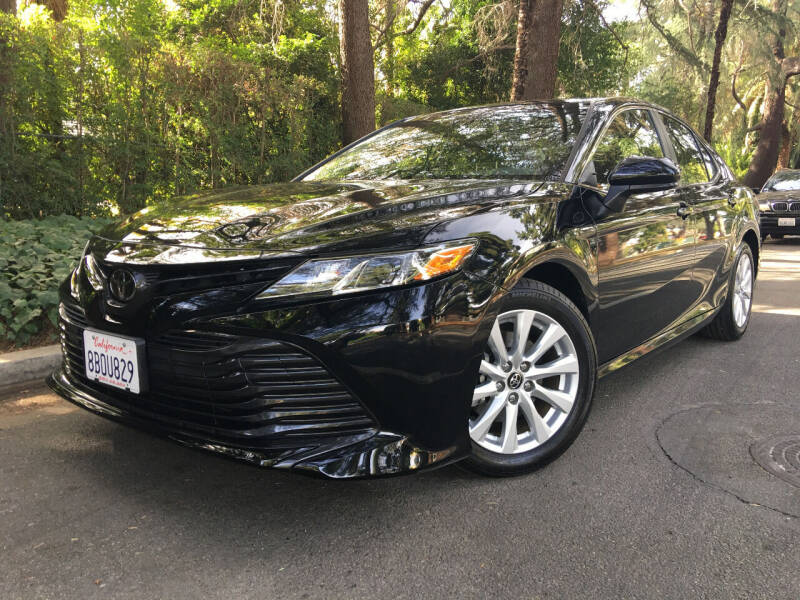 2018 Toyota Camry for sale at Valley Coach Co Sales & Lsng in Van Nuys CA