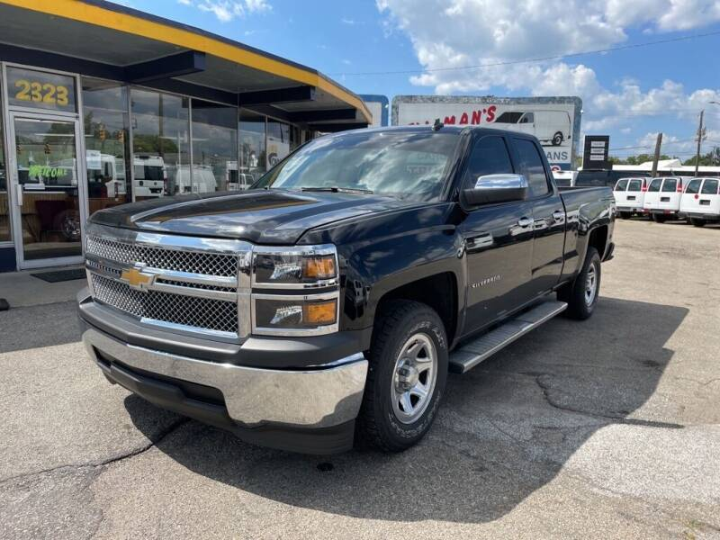 2014 Chevrolet Silverado 1500 for sale at Connect Truck and Van Center in Indianapolis IN