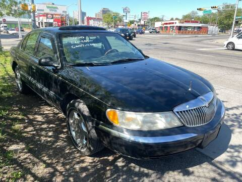 2000 Lincoln Continental for sale at Dennis Public Garage in Newark NJ