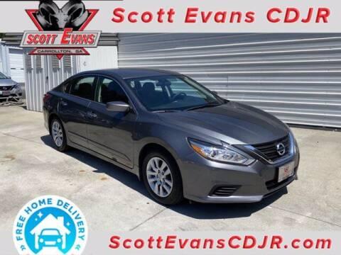 2017 Nissan Altima for sale at SCOTT EVANS CHRYSLER DODGE in Carrollton GA