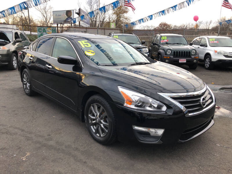 2015 Nissan Altima for sale at Riverside Wholesalers 2 in Paterson NJ