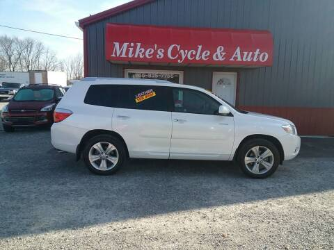 2010 Toyota Highlander for sale at MIKE'S CYCLE & AUTO in Connersville IN
