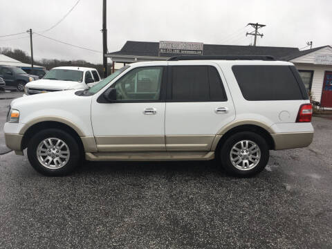 2010 Ford Expedition for sale at TAVERN MOTORS in Laurens SC