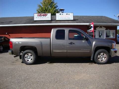 2013 Chevrolet Silverado 1500 for sale at G and G AUTO SALES in Merrill WI