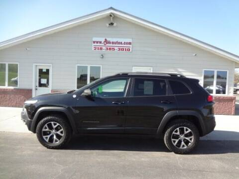 2015 Jeep Cherokee for sale at GIBB'S 10 SALES LLC in New York Mills MN
