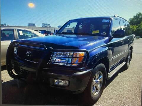 2002 Toyota Land Cruiser for sale at FIESTA MOTORS in Hagerstown MD