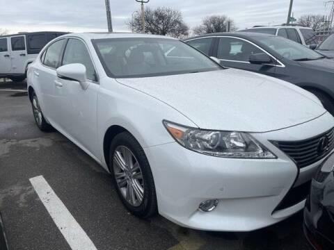 2013 Lexus ES 350 for sale at SOUTHFIELD QUALITY CARS in Detroit MI