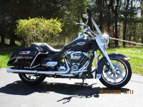2020 Harley-Davidson Road King for sale at R & R AUTO SALES in Poughkeepsie NY