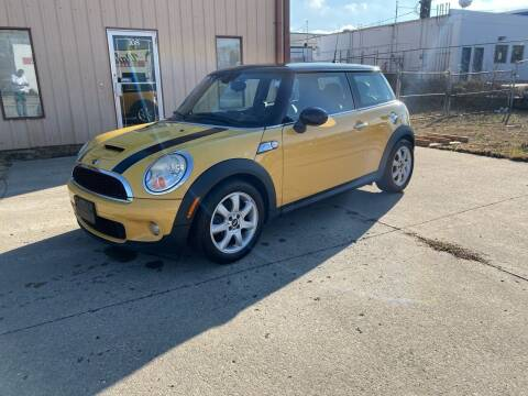 2008 MINI Cooper for sale at Walker Motors in Muncie IN