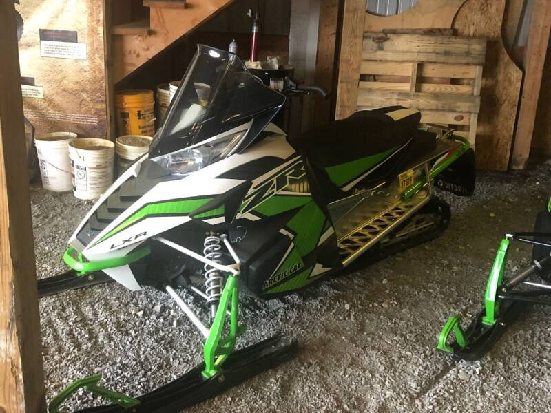 2016 Arctic Cat ZR 7000 LXR 129 for sale at Champlain Valley MotorSports in Cornwall VT