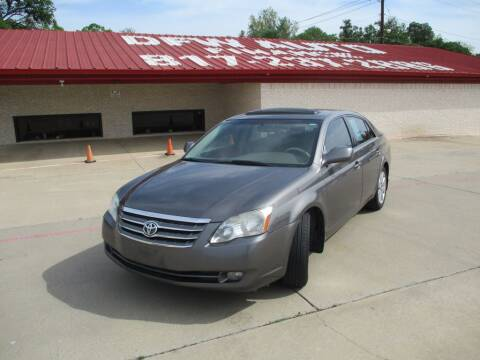 2006 Toyota Avalon for sale at DFW Auto Leader in Lake Worth TX