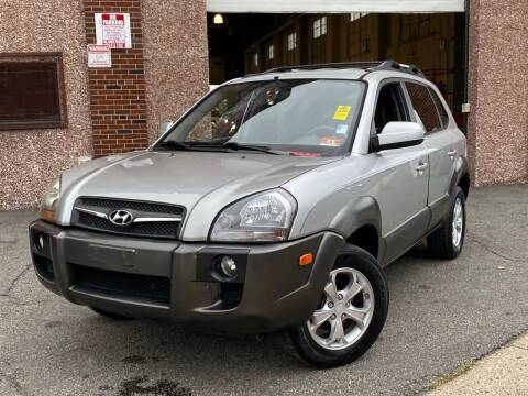 2009 Hyundai Tucson for sale at JMAC IMPORT AND EXPORT STORAGE WAREHOUSE in Bloomfield NJ
