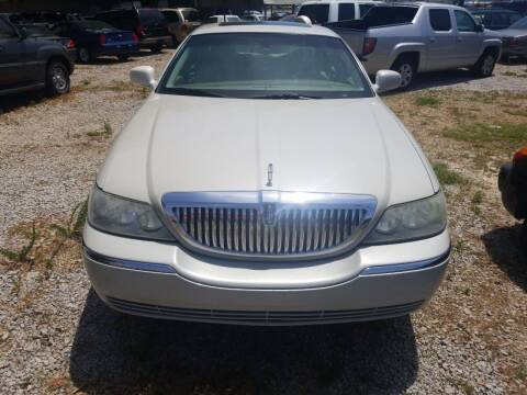 2007 Lincoln Town Car for sale at Wally's Cars ,LLC. in Morehead City NC