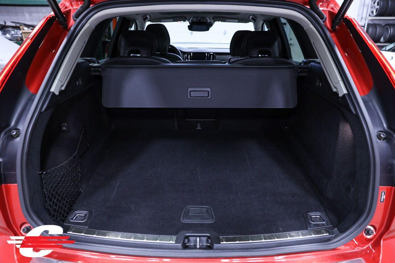 Cantech automotive: 2020 Volvo XC60 2.0L I4 TW SUV