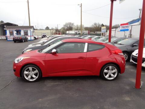2013 Hyundai Veloster for sale at Cars Unlimited Inc in Lebanon TN