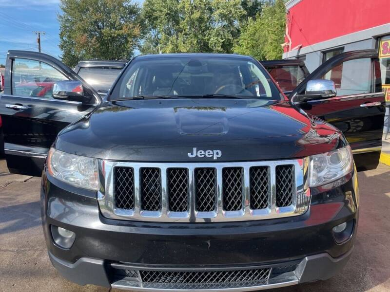 2011 Jeep Grand Cherokee for sale at Carmen's Auto Sales in Hazel Park MI