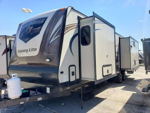 2016 Forest River lacrosse 324 for sale at Ultimate RV in White Settlement TX