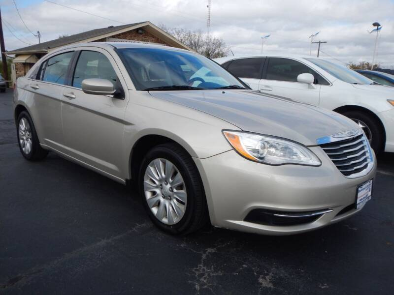 2014 Chrysler 200 for sale at Browning's Reliable Cars & Trucks in Wichita Falls TX