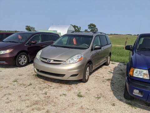 2006 Toyota Sienna for sale at Halstead Motors LLC in Halstead KS
