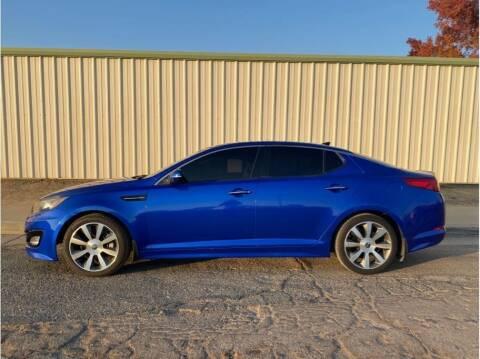 2013 Kia Optima for sale at Dealers Choice Inc in Farmersville CA