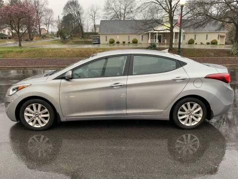 2015 Hyundai Elantra for sale at Diana Rico LLC in Dalton GA