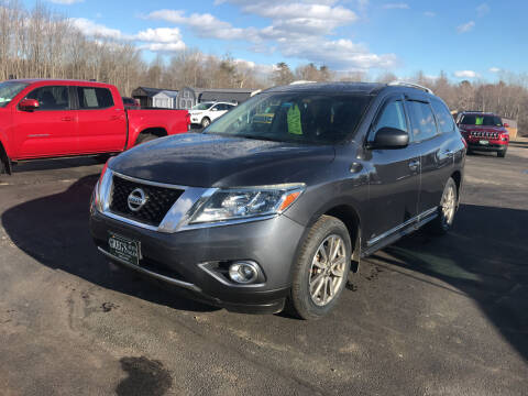 2013 Nissan Pathfinder for sale at Greg's Auto Sales in Searsport ME