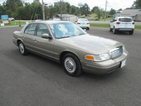 2001 Ford Crown Victoria for sale at G. B. ENTERPRISES LLC in Crossville AL