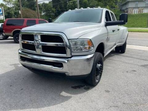 2016 RAM Ram Pickup 3500 for sale at North Knox Auto LLC in Knoxville TN