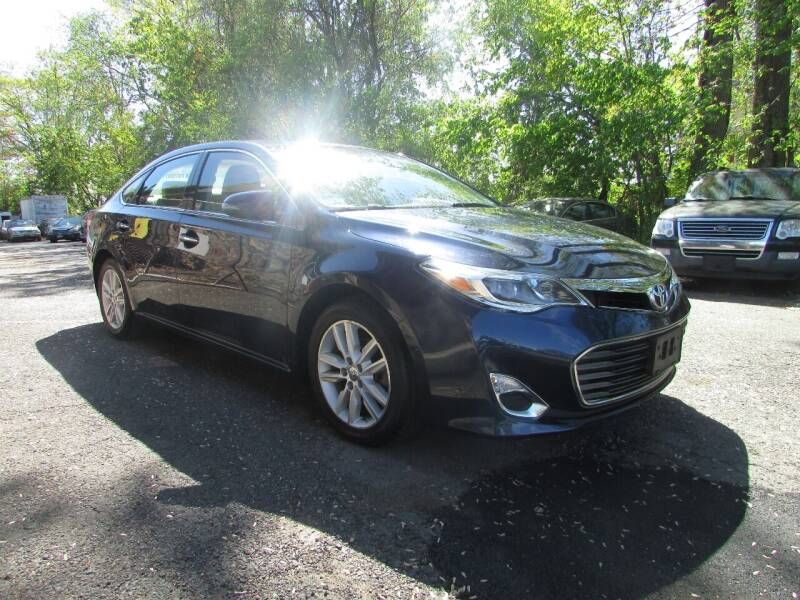 2014 Toyota Avalon for sale at Nutmeg Auto Wholesalers Inc in East Hartford CT