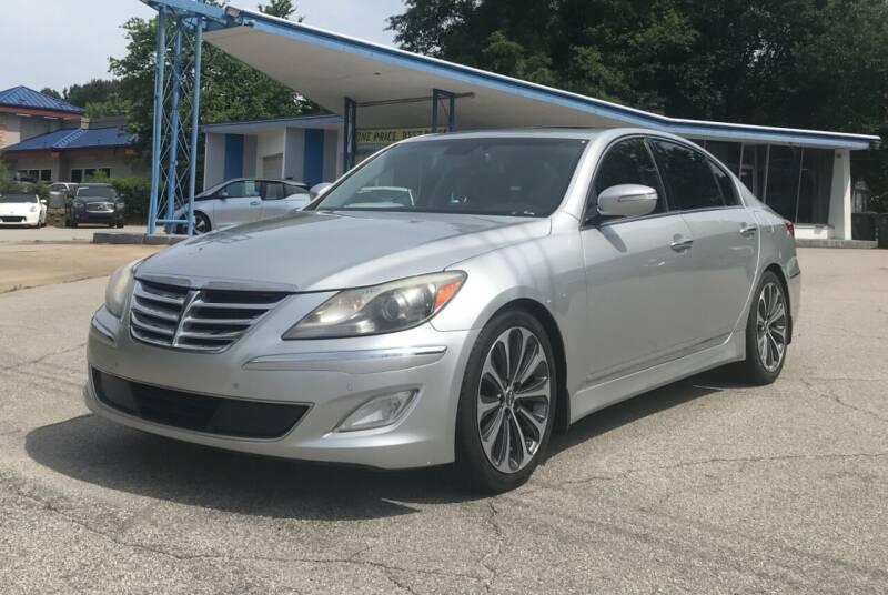 2013 Hyundai Genesis for sale at GR Motor Company in Garner NC