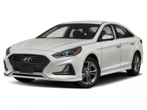 2018 Hyundai Sonata for sale at RDM CAR BUYING EXPERIENCE in Gurnee IL