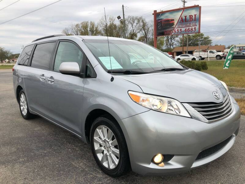 2014 Toyota Sienna for sale at Albi Auto Sales LLC in Louisville KY