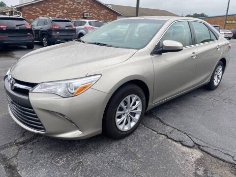 2016 Toyota Camry for sale at Modern Automotive in Boiling Springs SC