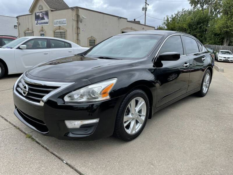 2014 Nissan Altima for sale at T & G / Auto4wholesale in Parma OH
