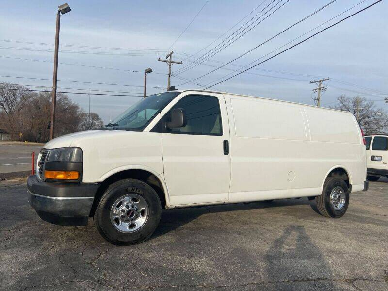 2018 GMC Savana Cargo for sale at Groesbeck TRUCK SALES LLC in Mount Clemens MI