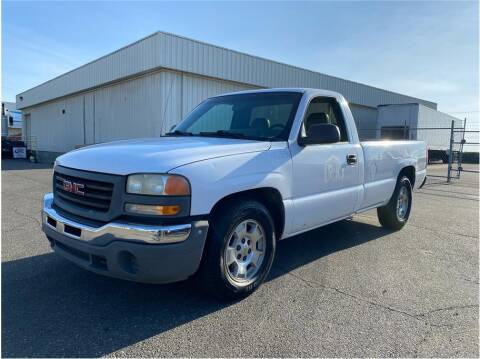 2005 GMC Sierra 1500 for sale at KARS R US in Modesto CA