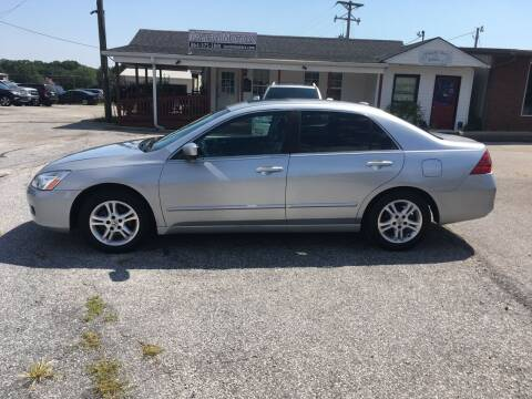 2007 Honda Accord for sale at TAVERN MOTORS in Laurens SC