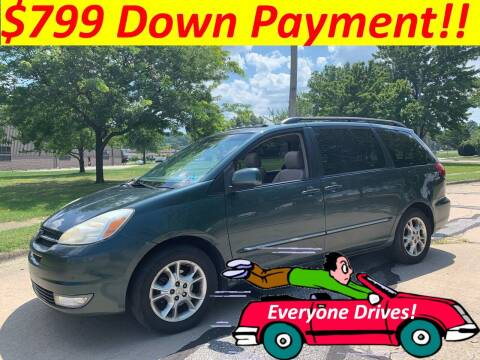 2005 Toyota Sienna for sale at World Automotive in Euclid OH