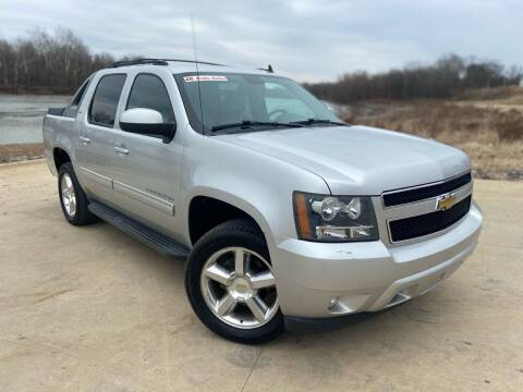 2011 Chevrolet Avalanche for sale at D3 Auto Sales in Des Arc AR