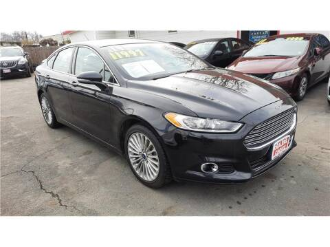 2014 Ford Fusion for sale at Dealers Choice Inc in Farmersville CA