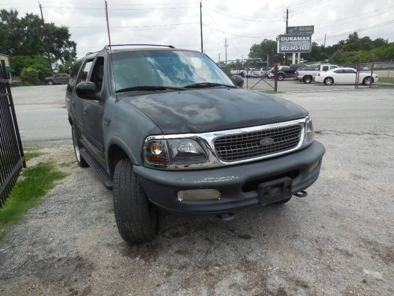 1997 Ford Expedition for sale at SCOTT HARRISON MOTOR CO in Houston TX